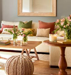 Top International Interior Design for Home & Office in Delhi and Bangalore Earthy hues with magnificent floral arrangements add a definite sense of tranquillity and comfort to the home space. Home Living Room, Living Room Designs, Living Room Decor, Home Interior Design, Interior Decorating, Deco Design, Family Room, Sweet Home, House Design