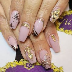 "💓💅 VSB Nail Boutique 💅💓 pe Instagram: ""@vsbnailboutique #nailartswag #nailArtAddict #nailartlove #nailartofinstagram #nailarthub #nailartartist #nailartdesign #notd #naildesign…"" Nail Art Swag, Nail Art Designs, Winter Nails, Instagram, Boutique, Beauty, Nail Designs, Beauty Illustration, Boutiques"