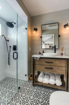 77 Fabulous Modern Farmhouse Bathroom Tile Ideas 26
