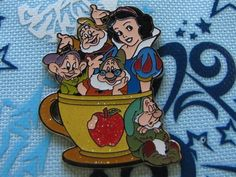Hong Kong Disney Trading Pin - Snow White & The Seven Dwarves Coffee Cup