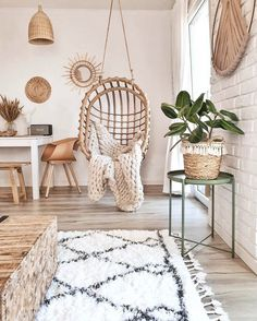 Bohemian latest and elegant home decoration Design and style ideas . - Latest and Elegant Bohemian Home Decoration Design and Lifestyle Ideas – Latest and Elegant Bohem - Stylish Home Decor, Diy Home Decor, Decor Crafts, Room Ideas Bedroom, Bed Room, Room Hammock, Dorm Room Themes, Aesthetic Room Decor, Swinging Chair