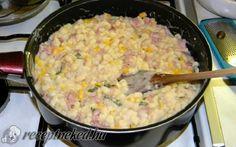 Galuska sonkás-kukoricás sajtmártásban