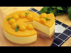 2019 No-Bake Mango Cheesecake [Eggless] - マンゴーレアチーズケーキの作り方 Mango Cheesecake, Cheesecake Recipes, Dessert Recipes, Just Desserts, Delicious Desserts, Easy Cooking, Cooking Recipes, Super Torte, Cheesecake