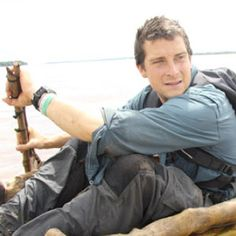Bear Grylls Sas Special Forces, Man Vs Wild, Wild Star, Bear Grylls, Hiking Fashion, Tv Presenters, My Eyes, Eye Candy, Challenge