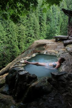umpqua hot springs in oregon, usa
