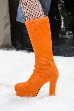 Jeremy Scott at New York Fashion Week Fall 2017 - Details Runway Photos