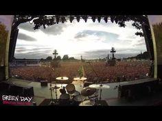 Así suena 'Bohemian Rhapsody' interpretada por 65000 fans de Green Day | Binaural | Bloglovin'