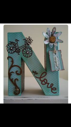 Cool DIY letter and word signs ideas. Wood Letter Crafts, Wooden Alphabet, Diy Letters, Wood Letters, Letter Art, Crafts To Sell, Easy Crafts, Diy And Crafts, Crafts For Kids