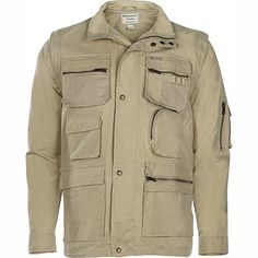 Weekender® Correspondent Travel Jacket allows you to keep all your gadgets close by. Zip-Off Sleeves Converts to a Vest.
