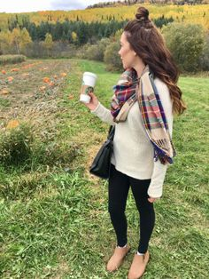 The months of September to December are by far the best of the year in my pumpkin/holiday obsessed opinion. First you have the first day of fall(which I have decided is the first day of September r… FALL style pictures hair love farm fashion