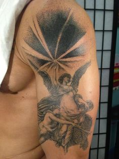 Brucius Tattooist  #angel #tattoo  #pointillism #penandink  #etching  #Brucius  #blackandblue #sf