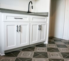 😍😍😍 This laundry room floor is pattern tile perfection! A bold pattern paired with neutral colors. you can't go wrong. Porcelain Ceramics, Tile Patterns, New Construction, Neutral Colors, Laundry Room, Sage, Tiles, Flooring, Photography