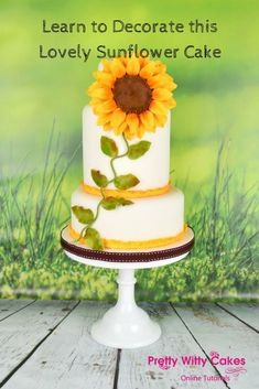Learn to Decorate this Sunflower Cake Online! #cake #cakes #cakedecorating #sunflower #cakedesign #sweet #yummy #ad