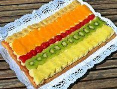 tarta-de-hojaldre-con-crema-y-frutas