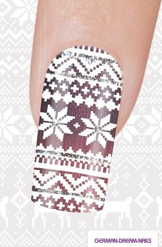 Step by Step: Norweger Nägel http://www.german-dream-nails.com/nailart-anleitung-norweger-naegel #gdn #jolifin #nails #naildesign #nailart #winter
