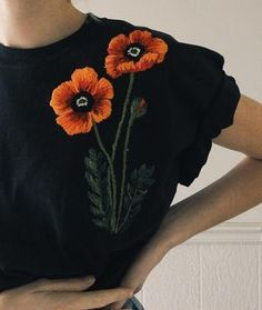 ~Poppies~ Upcycled black tee, size large #embroidery