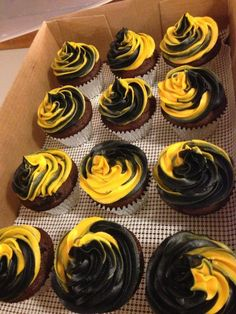 Bruins cupcakes posted by Angie Carroll onto Boston Bruins 2011 Stanley Cup Champions facebook page