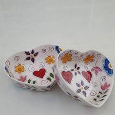 Pikore Pottery Mugs, Ceramic Pottery, Pottery Art, Pottery Painting, Ceramic Painting, Clay Projects, Projects To Try, China Clay, China Painting
