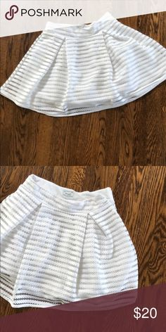 Mayoral white mini skirt Perfect for summer.  Lined. Side zip. Mayoral Bottoms Skirts