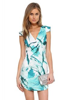 Garden Party Dress in Green Party Dresses Online, Dress Online, Bodycon Dress Parties, Trendy Dresses, Green Dress, Designer Dresses, Beautiful Dresses, Wrap Dress, Clothes