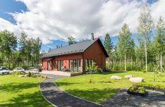 Myydään Omakotitalo, 5 huonetta - Nurmijärvi, Rajamäki, Metsäkallionkaari 4 - Etuovi.com 20737614 100 M2, Cabin, House Styles, Kitchen, Home Decor, Cooking, Decoration Home, Room Decor, Cabins
