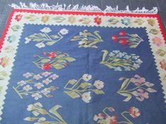 $899 Kilims, Ethnic, Textiles, Kids Rugs, Home Decor, Art, Homemade Home Decor, Kid Friendly Rugs, Kunst