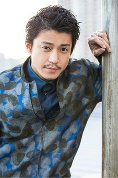 小栗旬の髪型|短髪ショートやクローズ・クライシス・リッチマン! | LOVE&PEACE Hair Designs For Men, Mens Perm, Hair Arrange, Very Short Hair, Handsome Actors, Japanese Men, Grunge Hair, Actor Model, How To Look Better
