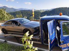 Gasirea serviciului de tractari potrivit 2 Vehicles, Car, Automobile, Autos, Cars, Vehicle, Tools