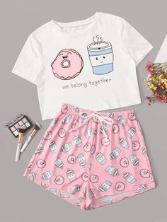 Shop Cartoon & Letter Print Pajama Set at ROMWE, discover more fashion styles online. Cute Pajama Sets, Cute Pjs, Cute Pajamas, Pajamas Women, Girls Pajamas, Girls Fashion Clothes, Teen Fashion Outfits, Outfits For Teens, Girl Outfits