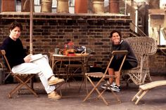 Coup de foudre à Notting Hill : Photo Hugh Grant, Julia Roberts, Roger Michell Notting Hill Film, Notting Hill Quotes, Hugh Grant Notting Hill, Empire Records, Julia Roberts Notting Hill, Hugh Grant Julia Roberts, Love Movie, Movie Tv, Movie Scene