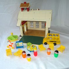 Vintage #923 FISHER PRICE Little People School House Extras Accessories Toy LOT  #FisherPrice