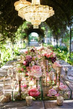 Photography: Greer G Photography - greergphotography.com  Read More: http://www.stylemepretty.com/2014/10/24/romantic-watercolor-wedding-inspiration-shoot/