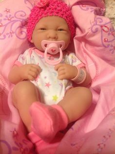 NEW~PRECIOUS PREEMIE BERENGUER LA NEWBORN DOLL+PINK MAGNETIC PACIFIER AND EXTRAS