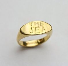 the sea ring david neale I Am Beautiful, Ring Designs, Jewlery, Gold Rings, David, Wedding Rings, Bling, Stud Earrings, Sea