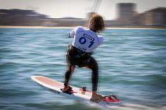 La Federación Internacional de Vela (ISAF) ha sido notificada de una acción jurídica ejercitada por la Asociación Internacional de la Clase RS:X impugnando la decisión tomada por el Consejo la de ISAF en su Asamblea de Mayo de 2012 en la que se decidió que el kiteboarding sería olímpico en 2016 en detrimento del windsurfing.