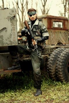 Rick Boer's phenomenal cosplay as Metal Gear Solid's Snake