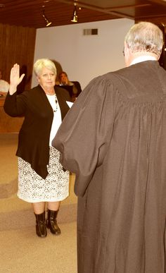 New #PaysonCityCouncil Members sworn into office this week: http://paysonchronicle.blogspot.com/2016/01/new-payson-council-members-sworn-into.html