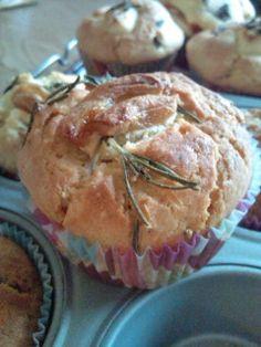 garlic muffins with rosemary