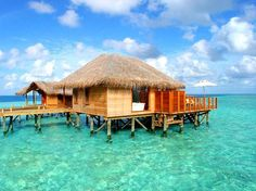 Hotel resort in Maldives, protected with UV-Protection Oil (410 Clear)