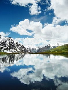 Most beautiful place on Earth, in this World,picture from PakistanKarakorum(or Karakorum) is a large mountain range spanning the borders between Pakistan, India and China, located in the regions of Gilgit-Baltistan (Pakistan), Ladakh (India), and Xinjiang region, (China)