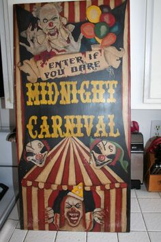 Large sign/poster idea maybe on the way to the entrance (in front of ticket booth) Halloween Clown, Retro Halloween, Freakshow Halloween, Gruseliger Clown, Halloween Karneval, Halloween Party Themes, Halloween Crafts, Halloween Decorations, Halloween Forum