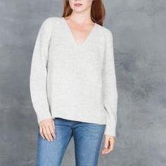 d7bafdc74f Ali Golden Chunky V-Neck Sweater in Grey