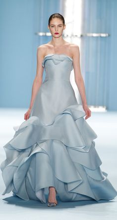 Carolina Herrera's blue ball gown totally reminds us of Cinderella.
