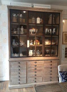 https://i.pinimg.com/236x/77/5d/91/775d91b7b25a5ed412c005c75fe6d39a--kitchen-dining-wall-units.jpg