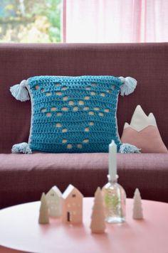 rendier kussen haakpatroon Noel Christmas, Weaving, Kids Rugs, Throw Pillows, Blanket, Knitting, Diy, Lunches, Macrame