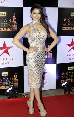 Star Screen Awards 2016 was a star-studded affair with Salman Khan, Shah Rukh Khan, Amitabh Bachchan, Deepika Padukone, Bipasha Basu and other Bollywood and TV celebs in attendance. We have pictures Indian Celebrities, Bollywood Celebrities, Beautiful Celebrities, Beautiful Actresses, Bollywood Actress Hot Photos, Indian Bollywood Actress, Bollywood Fashion, Bollywood Stars, Hot Actresses