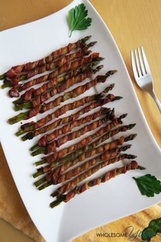 Margie Gray saved to Wrapped Asparagus Recipe in the Oven (Crispy, Paleo & Low Carb) - This easy bacon wrapped asparagus recipe is baked in the oven, with some tricks for extra crispy bacon. Everyone loves these…More 12 Easy Keto Friendly Side Dish Ideas Asparagus In Oven, Bacon Wrapped Asparagus, Low Carb Side Dishes, Side Dish Recipes, Low Carb Recipes, Healthy Recipes, Healthy Soup, Delicious Recipes, Cauliflowers