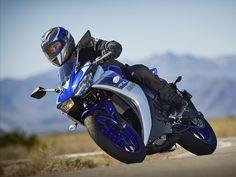 2015 Yamaha YZF-R3. Race Blu. A2 Compliant