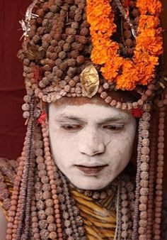 Rudraksha Beads (India) Ethnic Jewels Magazine - October 26 2019 at Rudra Shiva, Indian Face, Cheap Necklaces, African Trade Beads, Body Adornment, We Are The World, Prayer Beads, Hinduism, How To Make Beads