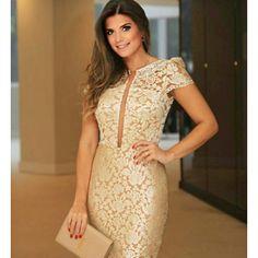 Chegou, Chegou muito mais novidades para festas e formaturas. Vestido Dourado Deuso que a Diva @arianecanovas escolheu.  .  Vestido Dourado :R$379,90 P=38 /M =40  .  Vendas Loja Física e Site: www.santollo.com.br  .  DÚVIDAS ❔Ligue para 👉☎Comercial (34) 33166586 📲(34) 988112985 📲WhatsApp (34) 997723030 (Dani) 🚚Enviamos para todo Brasil  .  #vestidos #dress #look #party #docemaria #lookoftheday #lookdodia #festa #party #santóllomodas #newyear #arianacanovas